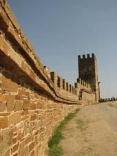 Fortaleza en la antigua Caffa, lugar de origen de la peste