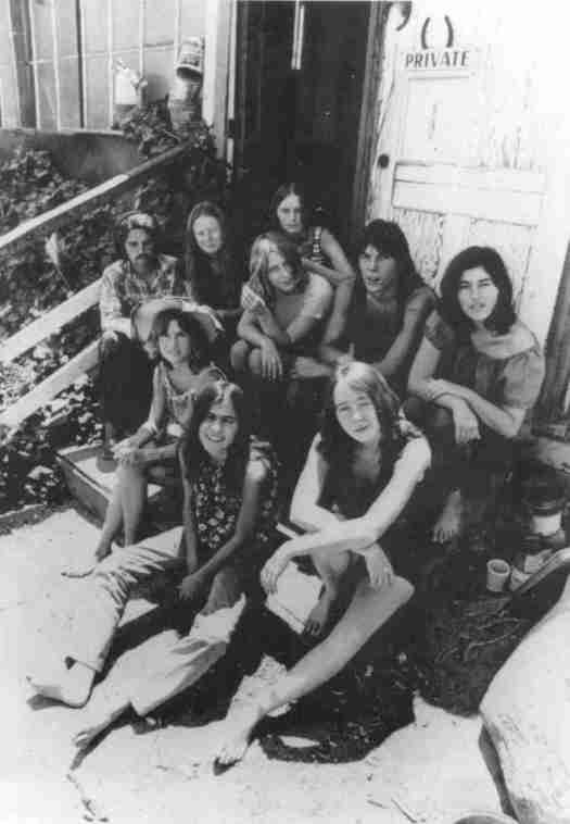 Parte de los integrantes de la Familia en los 60